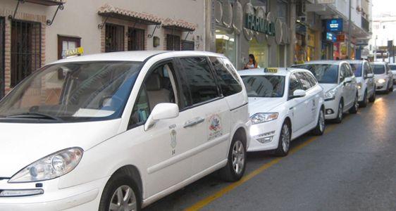 parada-taxi-nerja-castilla-perez